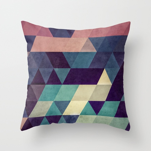 PILLOW BY SPIRES