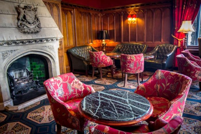 ARQUITETURA ENCATADORA NO HOTEL ARSHFORD CASTLE 3