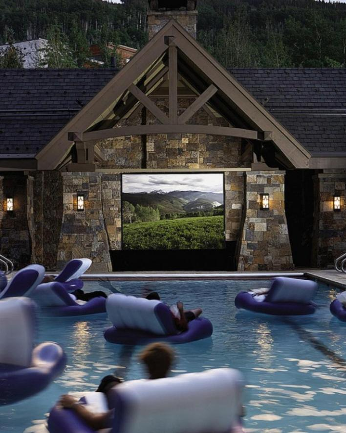 HOME THEATHER PISCINA 2