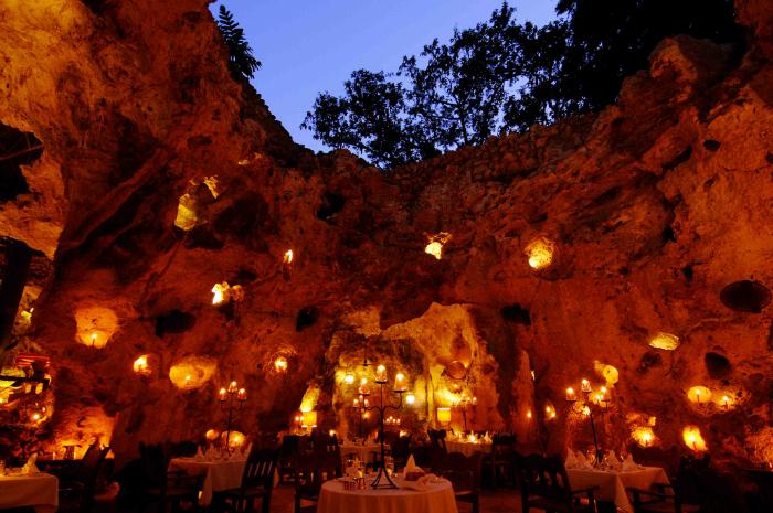 Ali Barbour's Cave em Diani Beach, Kenya