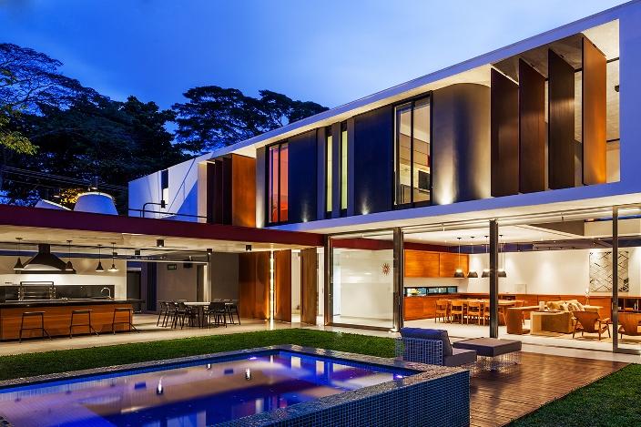 A o corten em fachadas for Casas modernas brasil