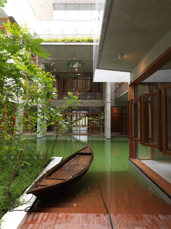 Casa com barco