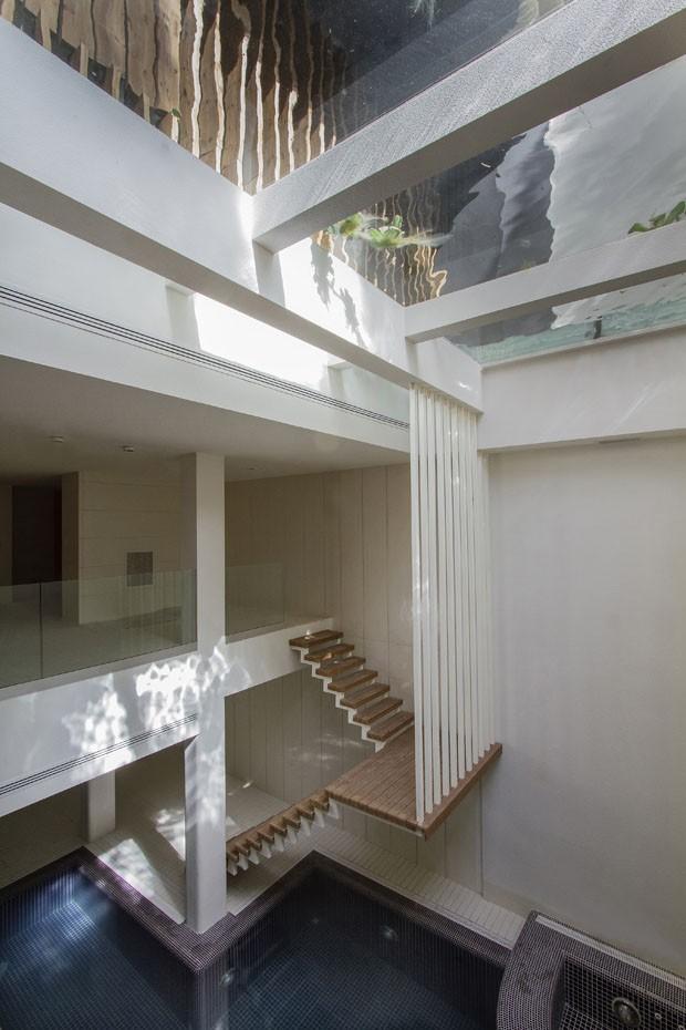 Escada acesso para piscina