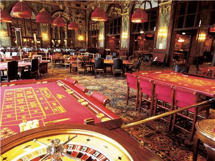 8 casino-de-deauville-interior