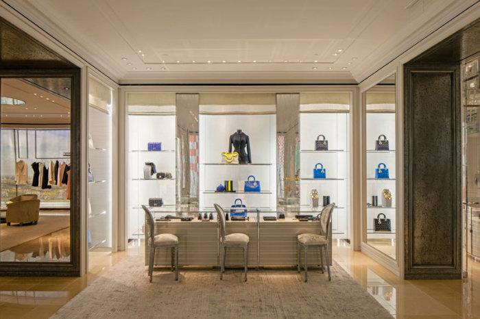Dior interior