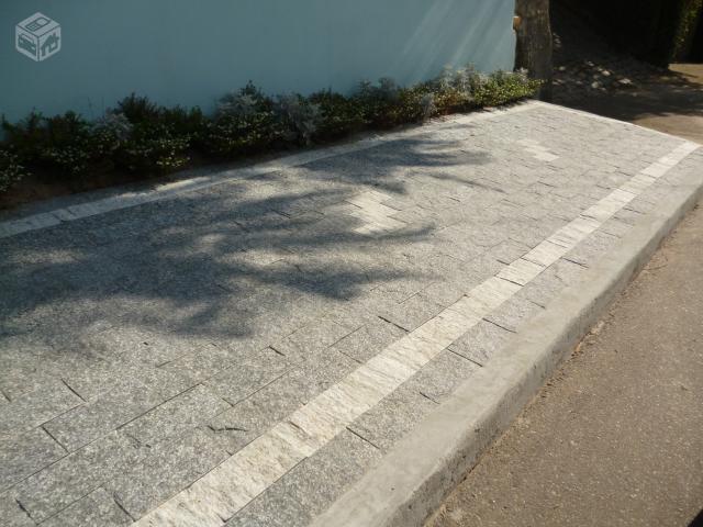 Calçada de pedras