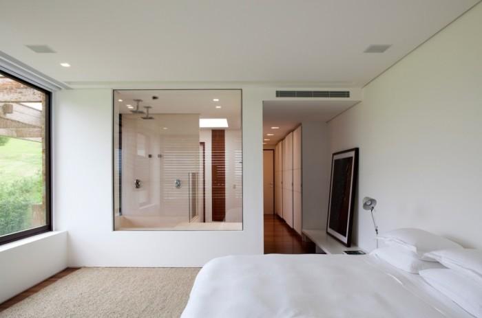 Interior banheiro integrado