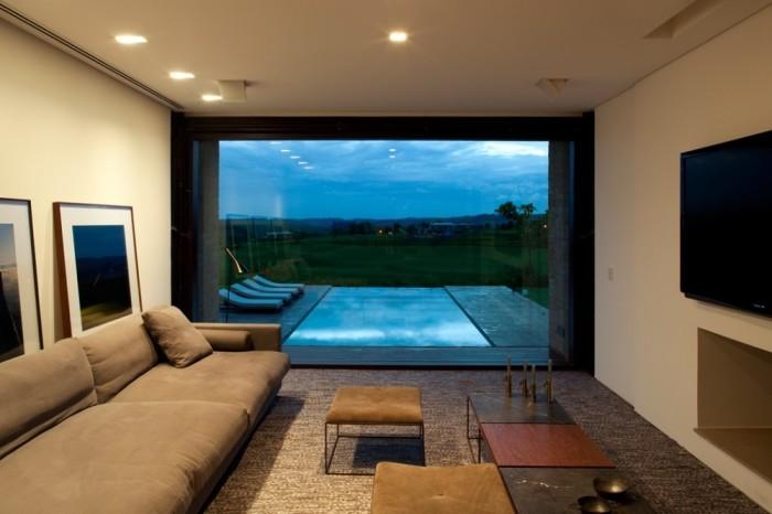 Sala com vista para piscina - Casa de campo