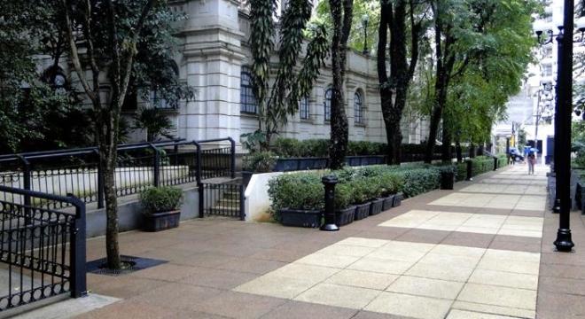 calçadas de placas drenantes