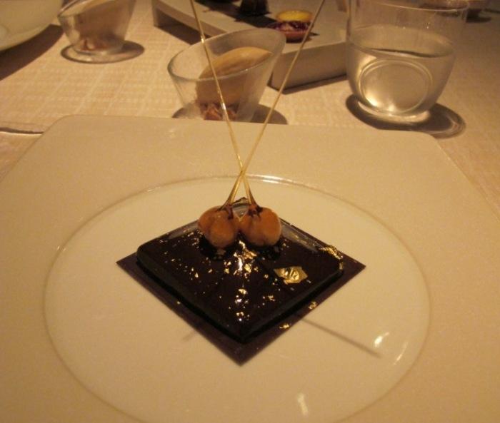 sobremesa chocolate e ouro