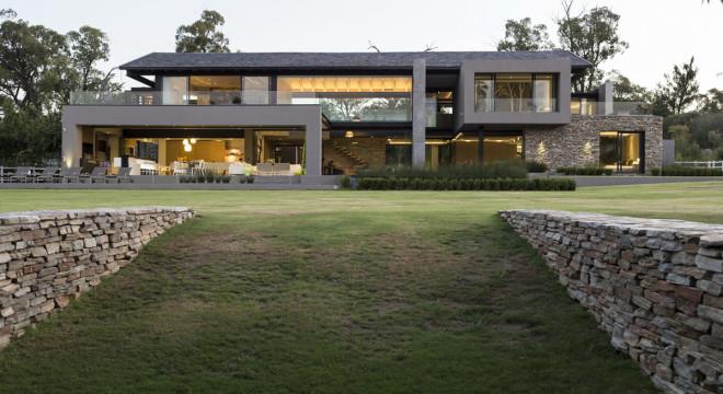 casa com arquitetura moderna fachada bonita