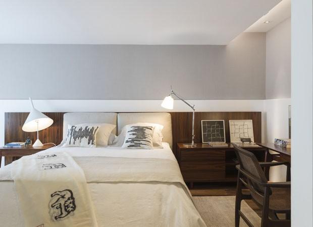 quarto bonito painel de madeira decoração