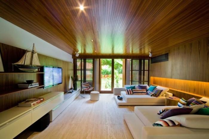 Projeto sala moderna com piso e parede de madeira