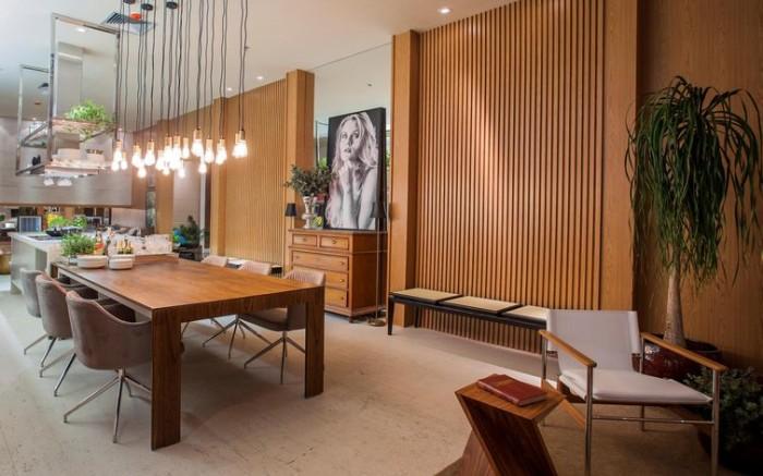 Sala linda decoração parede madeira