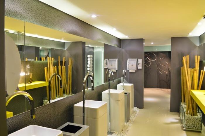 decoração banheiro comercial moderno