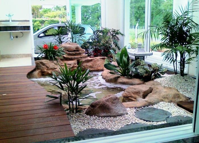 Paisagismo com pedras no jardim for Cascata da interno