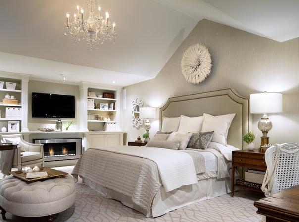 cabeceira de cama com tachas - quarto classico