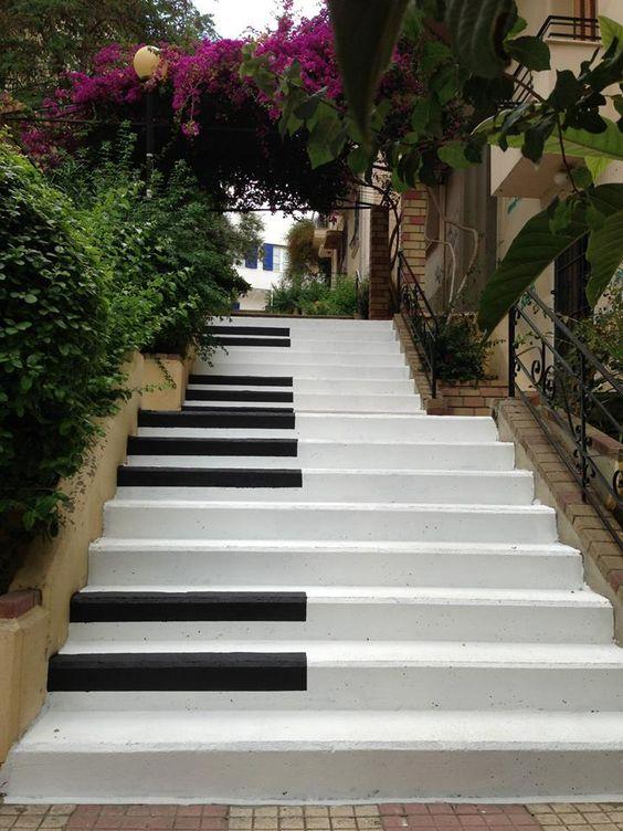 19 piano