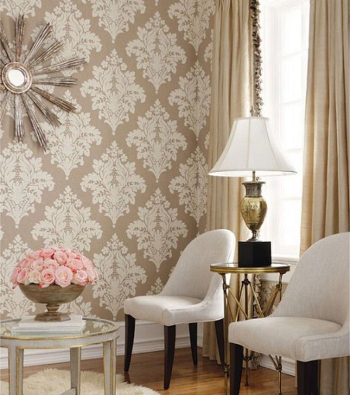 Papel de parede clássico na decoração da sala