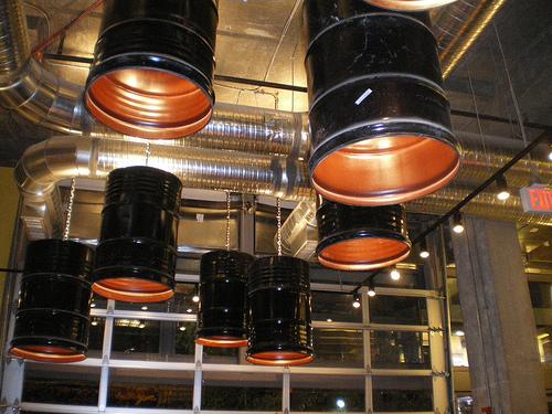 luminarias de barril de oleo decoração industrial
