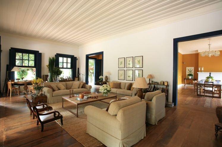 decoração casa de fazenda teto forro de madeira gesso saia-e-blusa